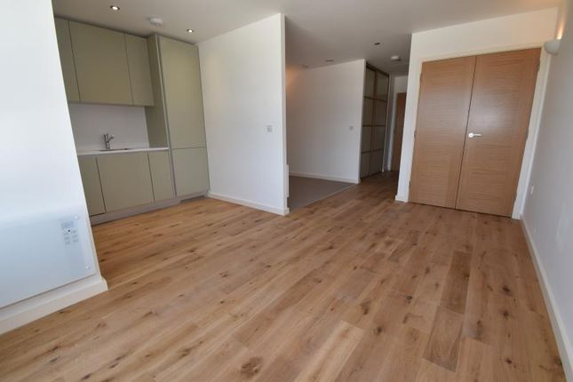 Thumbnail Flat to rent in Dolphin House, 140 Windmill Road, Sunbury-On-Thames