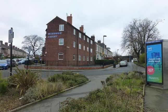 Thumbnail Flat to rent in Windsor Court, South Gosforth, Newcastle Upon Tyne