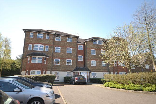 2 bed flat to rent in Wingate Court, Aldershot