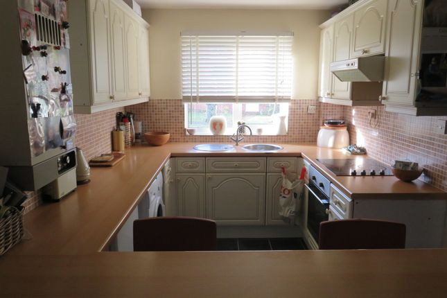 Oaktree Close, Colden Common, Winchester SO21