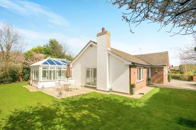 Thumbnail Bungalow for sale in Birtles Road, Macclesfield, Cheshire
