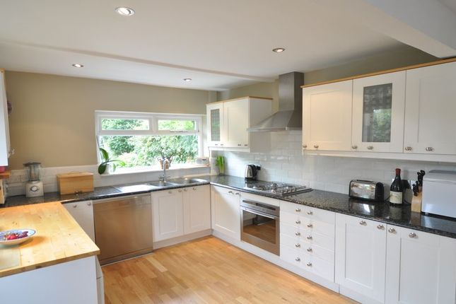 4 bed property to rent in Parsonage Lane, Windsor SL4
