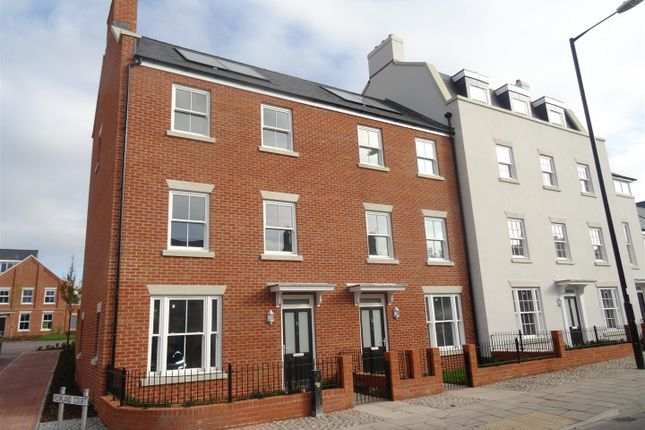 Thumbnail Terraced house to rent in 34 Rowland Court, Abbey Foregate, Shrewsbury