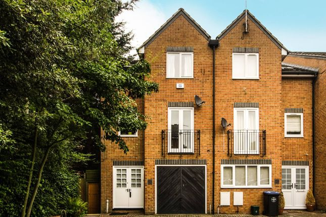 Thumbnail Property to rent in Honeyman Close, Brondesbury Park, London NW67Az