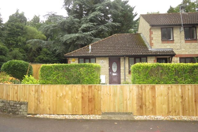 2 bed bungalow to rent in Woodland Park, Calne SN11