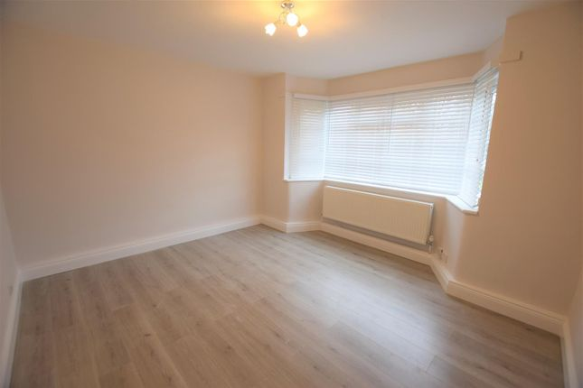 Thumbnail Flat to rent in Viceroy Court, Wilmslow Road, Didsbury