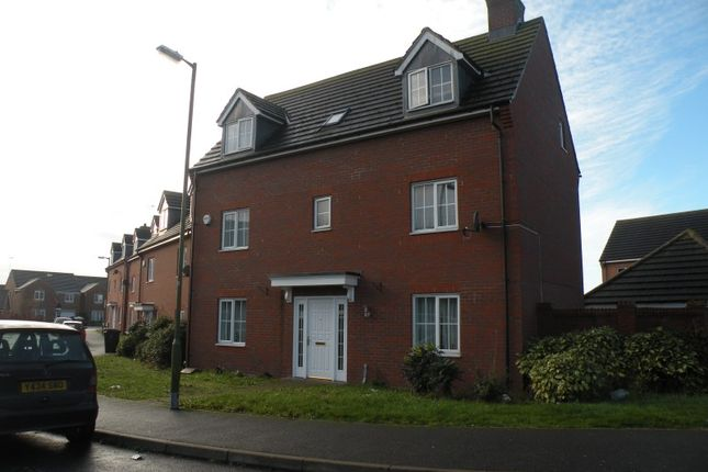 Thumbnail Detached house to rent in Walker Grove, Hatfield