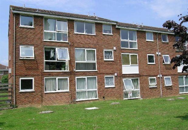 Thumbnail Flat to rent in Burns Drive, Hemel Hempstead