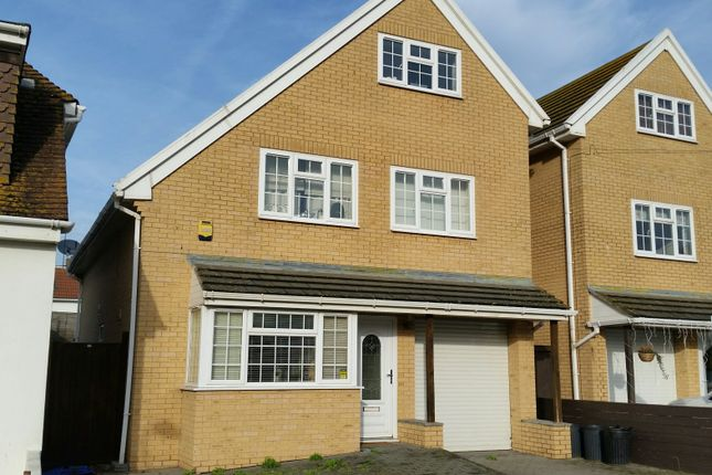 Thumbnail Detached house for sale in Bannings Vale, Saltdean