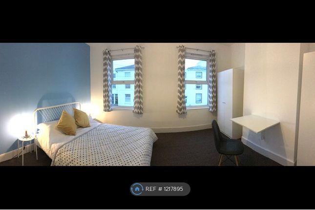 Room to rent in Pier Road, Northfleet, Gravesend DA11