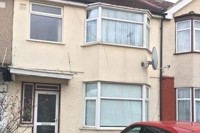 Thumbnail Terraced house to rent in Cornwell Avenue, Southall, Middlesex