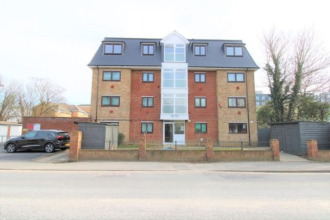 Thumbnail Flat to rent in High Street, Harlington, Middlesex