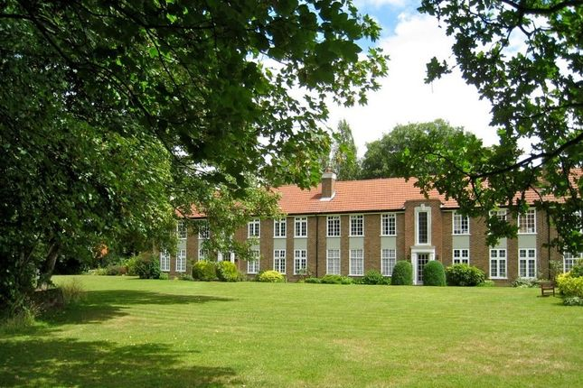2 bed flat for sale in Rythe Court Portsmouth Road, Thames Ditton