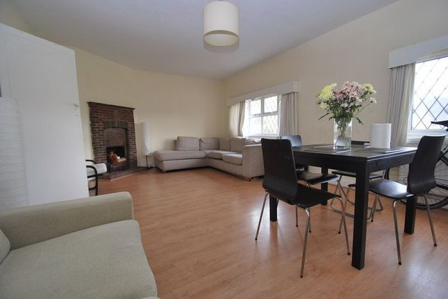 Thumbnail Property to rent in Station Approach, Hinchley Wood, Esher