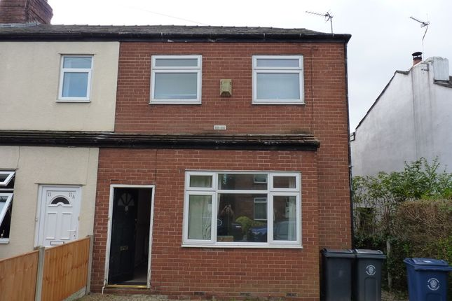Thumbnail Shared accommodation to rent in Halsall Lane, Ormskirk