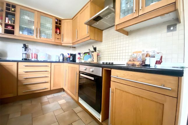 5 bed semi-detached house to rent in The Crescent, Brighton BN2