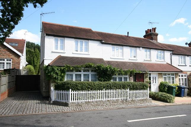 Thumbnail Semi-detached house to rent in Barnet Gate Lane, Arkley, Barnet