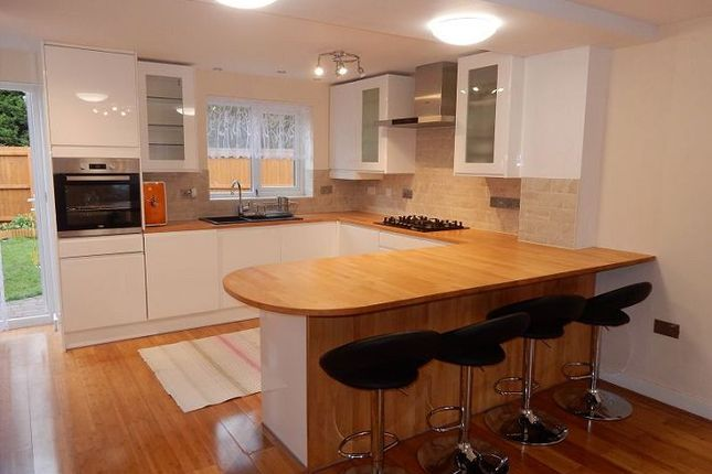 Thumbnail Semi-detached house to rent in Slate Drive, Hinckley