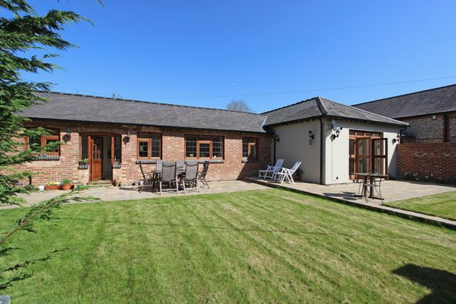 Thumbnail Barn conversion for sale in Woodplace Lane, Coulsdon