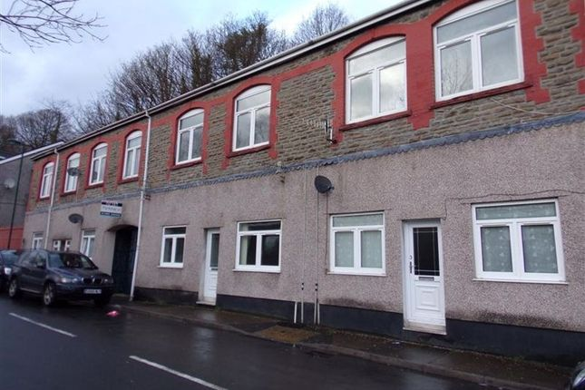 Thumbnail Flat to rent in High Street, Llanhilleth, Abertillery