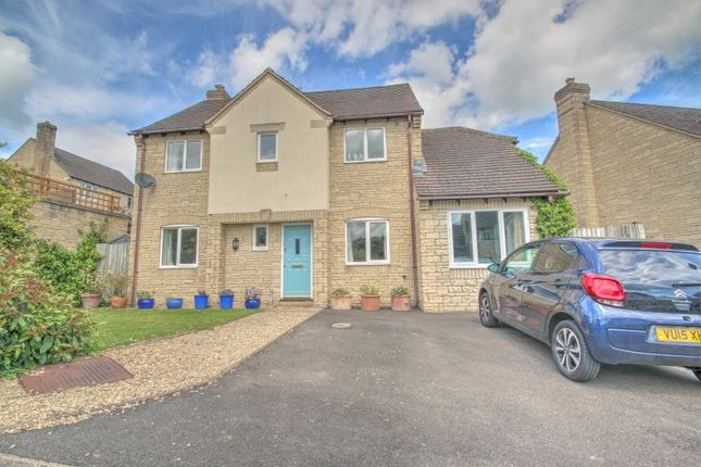Thumbnail Detached house to rent in Sparrow Close, Chalford, Stroud