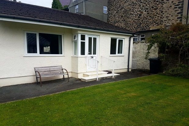 Thumbnail Bungalow to rent in Penmaenmawr Road, Llanfairfechan
