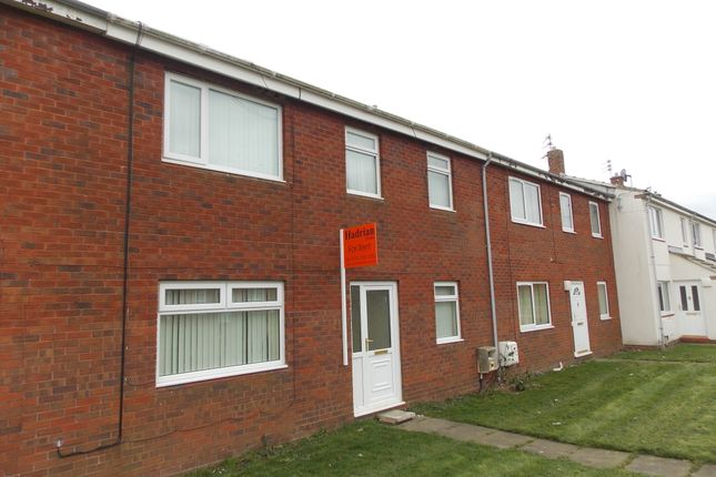 Thumbnail Terraced house to rent in Simonside Crescent, Hadston, Northumberland