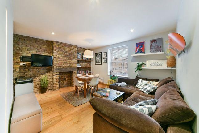 Lounge of Arcadia Court, Old Castle Street, Aldgate E1