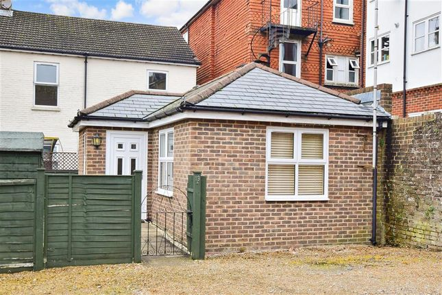 Thumbnail Bungalow for sale in Station Road, East Grinstead, West Sussex