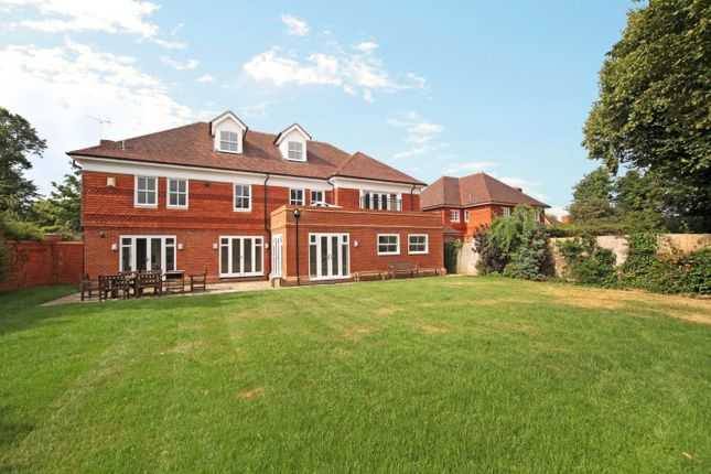 Thumbnail Detached house to rent in Queens Acre, Windsor