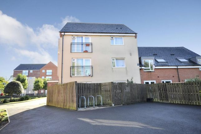 2 bed flat for sale in Flax Mill Park, Devizes, Wiltshire SN10