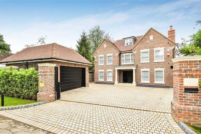 Thumbnail Detached house for sale in The Warren, Radlett, Herts