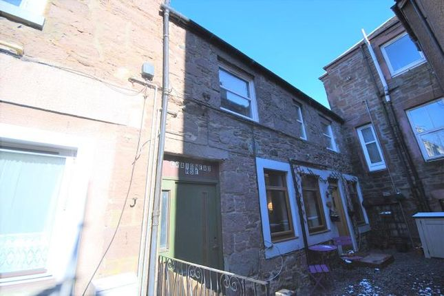 Thumbnail Flat to rent in The Cross, Crieff