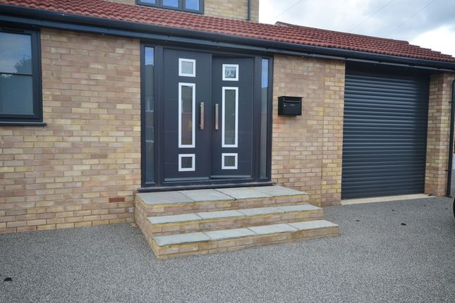 Thumbnail Studio to rent in Lyndhurst Avenue, Rainham, Gillingham