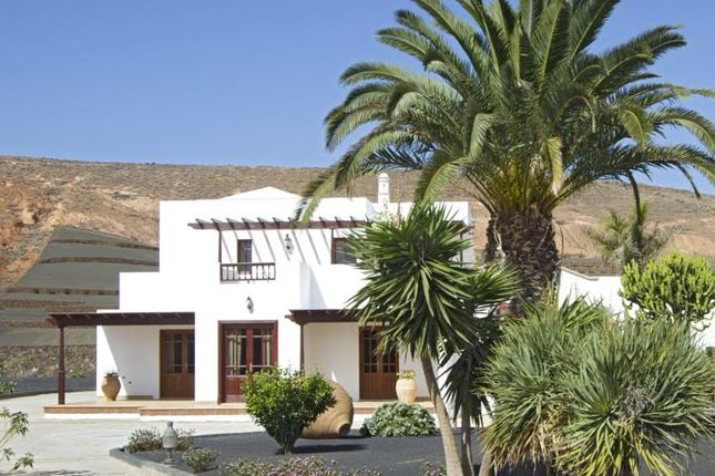 4 bed country house for sale in Los Valles, Lanzarote, Canary Islands, Spain