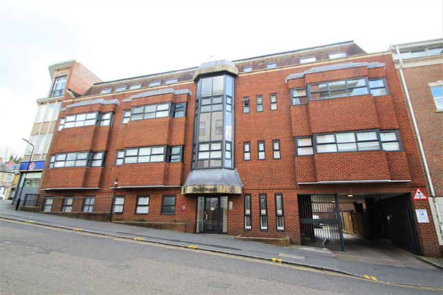 1 bed flat for sale in Corporation Street, High Wycombe HP13