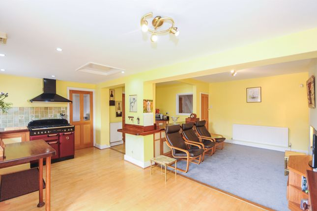 Thumbnail Detached house for sale in Broad Road, Braintree