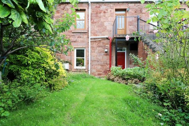 Thumbnail Flat to rent in Seafield Road, Dundee