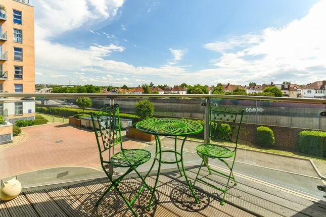 Thumbnail Flat for sale in Lyndon House, Queen Mary Avenue, London