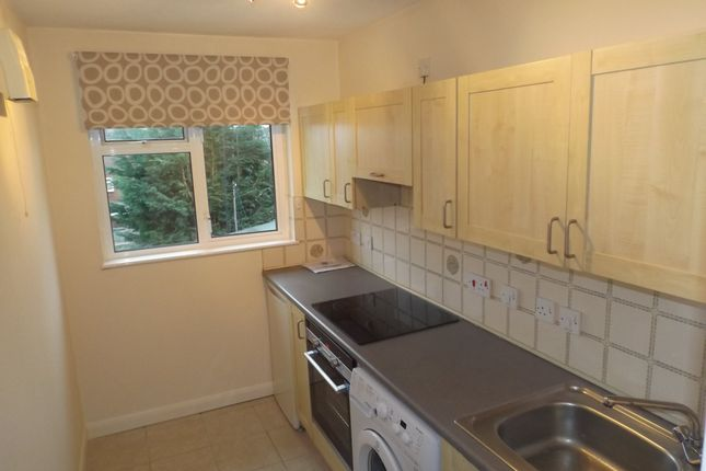 Thumbnail Property to rent in Oakwood Rise, Tunbridge Wells, Kent
