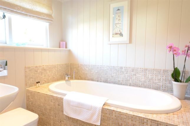 Bathroom of The Haven, Thorpeness IP16