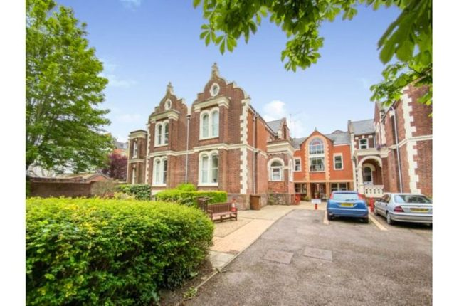 1 bed flat to rent in Cleveland Court Grosvenor Place, Exeter EX1