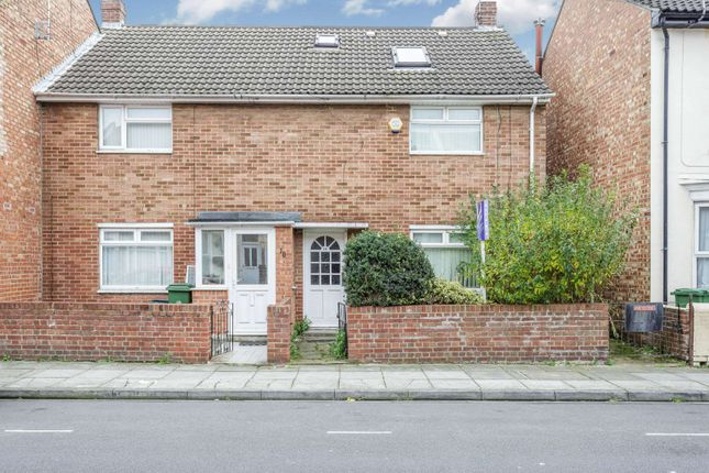 Thumbnail Property to rent in Sutherland Road, Southsea