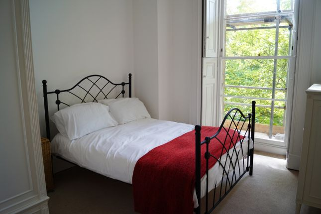Thumbnail Flat to rent in Cornwallis Grove, Clifton, Bristol