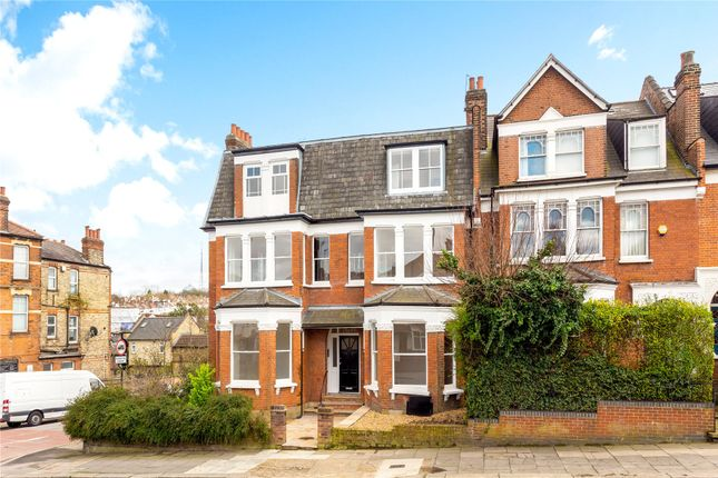 Picture No. 13 of Alexandra Park Road, Muswell Hill, London N10
