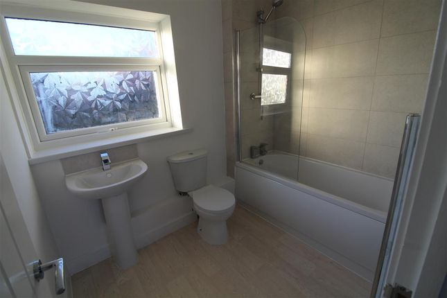 Bathroom of Wear Road, Stanley DH9