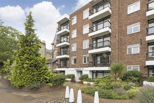 2 bed flat for sale in St John's Avenue, Putney