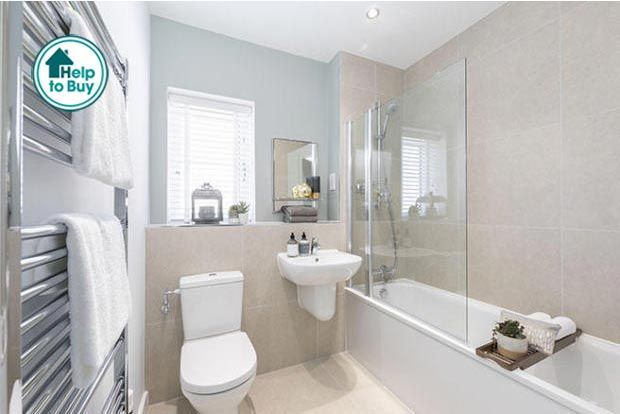 Thumbnail Terraced house for sale in Cleeve Road, Leatherhead