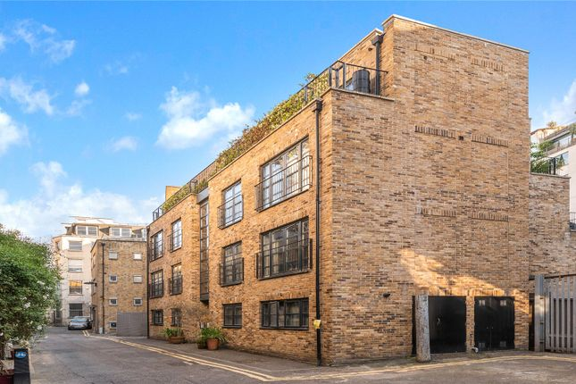 Thumbnail Flat for sale in Hatton Place, London
