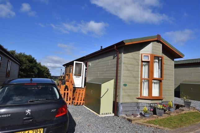 Thumbnail Mobile/park home for sale in Globe Vale, Sinns Common, Redruth
